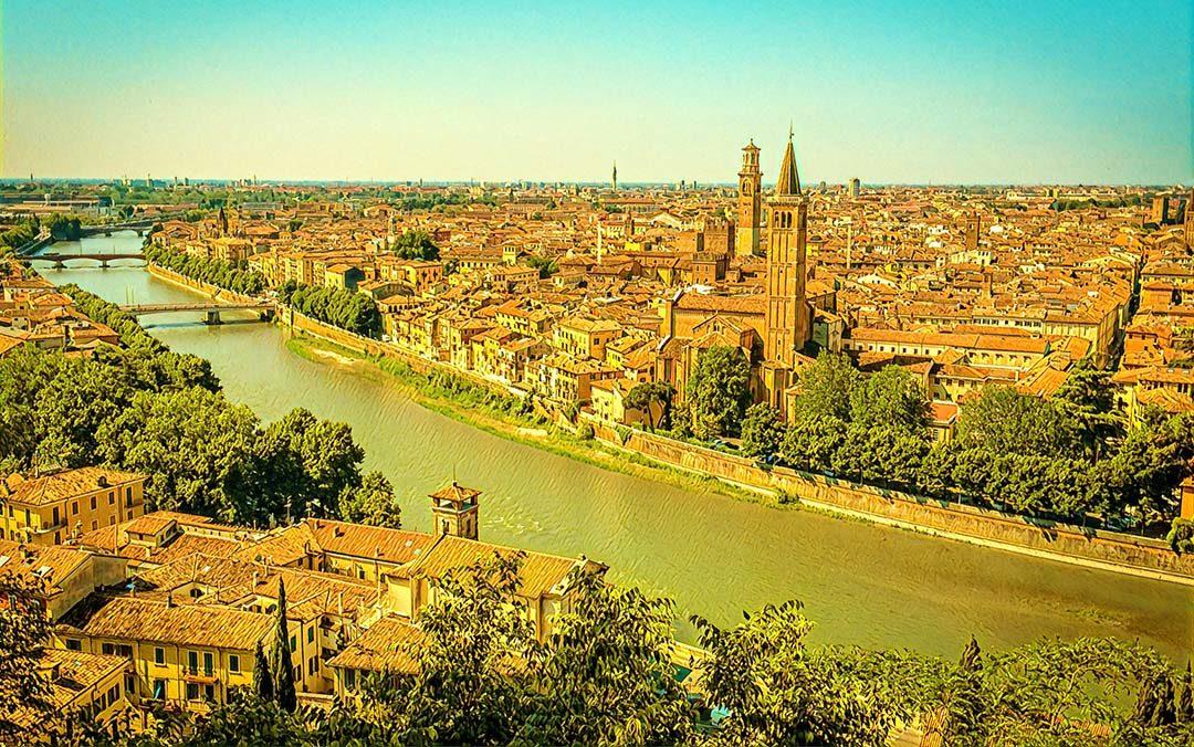 Weekend flights to Verona, Italy from Riga from 132 ...