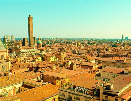 Kaunas Bologna Italy Weekend