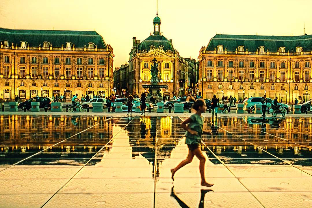 Weekend Flights to Bordeaux